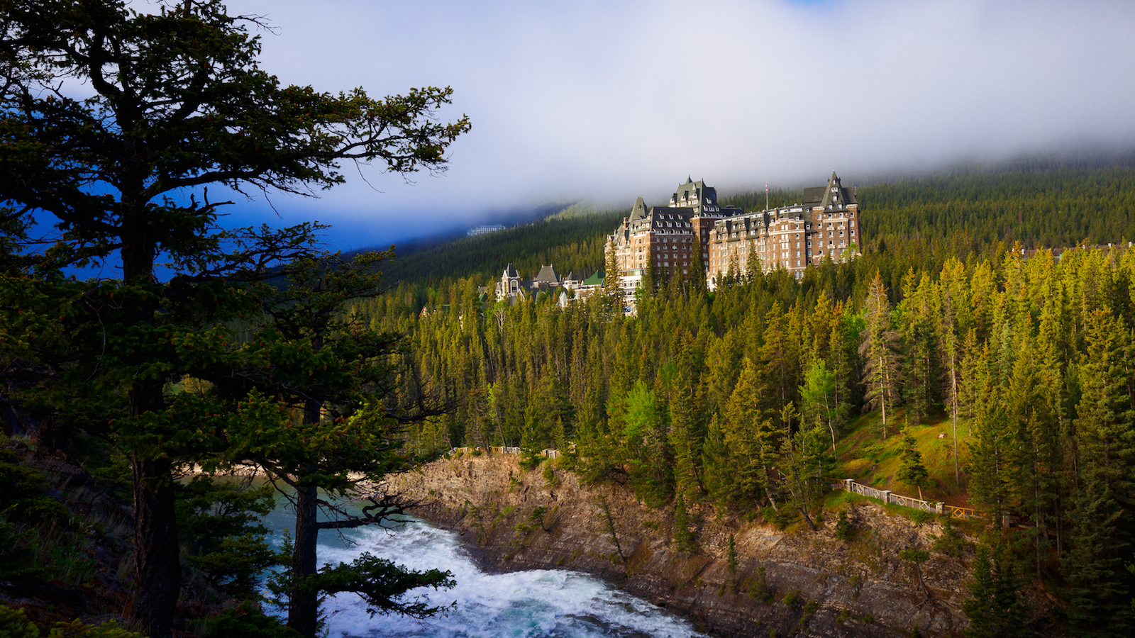 Banff Townsite Tour with GyPSy Guide Driving Tour App